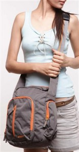 www.buytravelbags.co.in